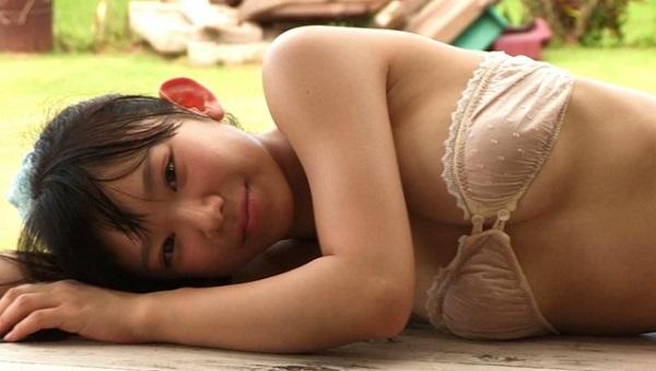 長澤茉里奈の水着グラビア動画 まりなだって好きなんだもん