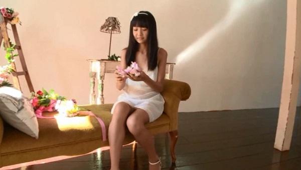 西野花恋のグラビア画像
